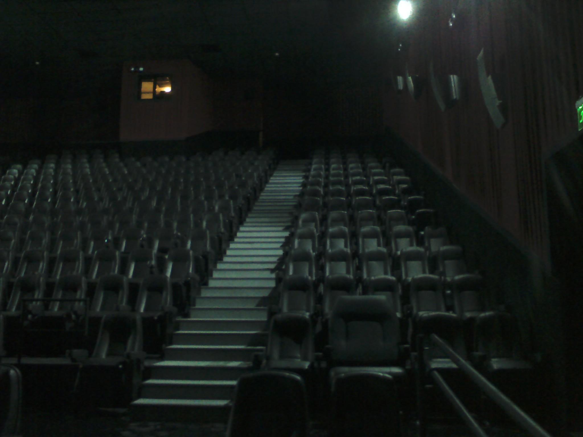 DOBILIA SA Construcciones - Cinemark Santa Fe - Sala 7 3D - 3
